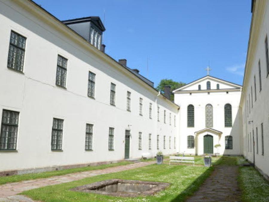 Gamla hospitalet och Trefaldighetskyrkan