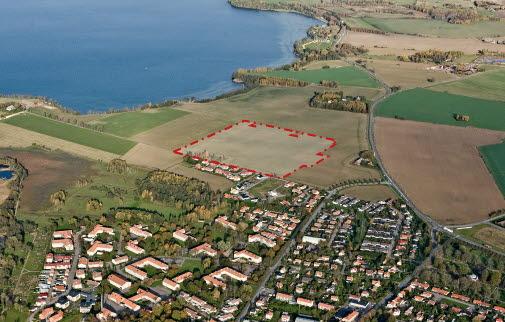 Flygfoto till Detaljplan för nya bostäder i del av Vadstena 4:44, öster om Tycklingevägen
